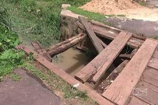 As pontes de madeira são uma dor de cabeça para motoristas e pedestres, em Codó - Algumas são danificadas pela falta de conservação e ficam muito tempo sem conserto.