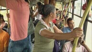 Usuários reclamam de ônibus superlotados em Pouso Alegre (MG) - Usuários reclamam de ônibus superlotados em Pouso Alegre (MG)