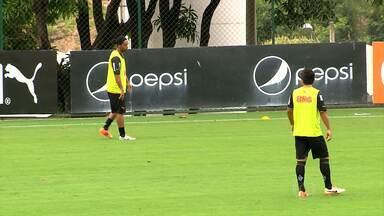 Galo contará com a criatividade de Ronaldinho Gaúcho e Guilherme na Colômbia - Ronaldinho Gaúcho e Guilherme farão dupla no jogo contra o Santa Fe na Colômbia.