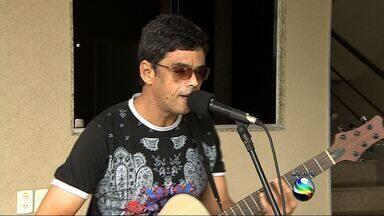 Cantor, compositor e guitarrista Minho San Liver volta aos palcos - Cantor, compositor e guitarrista Minho San Liver volta aos palcos
