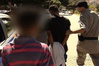 Dois casos envolvendo roubos de carro são registrados em Goiânia - Em um deles, um menor de 13 anos foi apreendido e é considerado perigoso pela polícia.