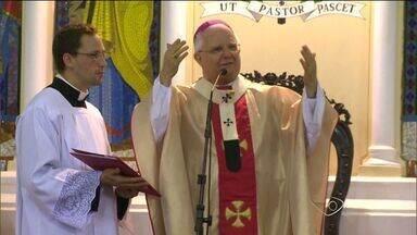 Comemorações à canonização de Anchieta são mantidas no ES - Decreto seria assinado pelo Papa Francisco nesta quarta-feira (2).Canonização deve ocorrer nesta quinta-feira (3), diz CNBB em nota.