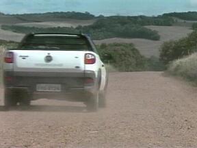 Estudo de viabilidade técnica para pavimentação da BR-153 é aprovado - Motoristas sofrem com poeira e desníveis do terreno.