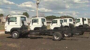 Juros altos afetam a venda de caminhões em Ribeirão - Só no primeiro trimestre, a queda na comercialização de veículos chegou a 40%. Concessionárias dizem que não vão renovar a frota em 2014.
