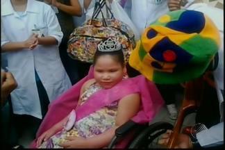 Menina com grave problema respiratório recebe alta após cinco anos morando em hospitais - A casa foi toda adaptada para receber a garotinha, moradora de Feira de Santana.