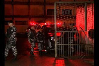 Polícia abrirá inquérito para apurar incêndio que vitimou detentos no PA - Cinco presos morreram após colchões queimarem em um motim.