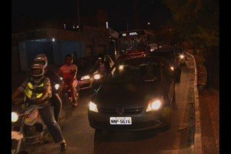 Congestionamento nas ruas de Campina Grande - Depois das cinco horas da tarde alguns trechos de avenidas da cidade ficam intransitáveis.