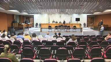 Suspeitos de participar do atentado ao desembargador Luiz Medonça vão a júri em Sergipe - Suspeitos de participar do atentado ao desembargador Luiz Mendonça começaram a ser julgados em Aracaju.