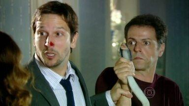 Relembre de momento divertido do seriado Separação?! - Cobra participou de episódio em 2010