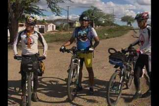 Ciclista percorrem a Paraíba pela solidariedade - Dois ciclistas e duas metas: percorrer o Estado pedalando numa campanha pela doação de sangue e para ajudar uma instituição do câncer.