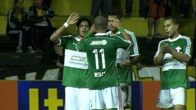 Em jogo polêmico, Palmeiras vence o Criciúma de virada - Time catarinense reclama de pênalti de Tiago Alves não marcado pelo árbitro
