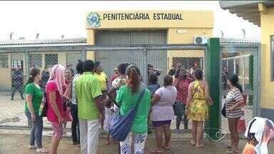 Abordagem a suspeito de entrar com droga em presídio no ES gera tumulto - Confusão aconteceu na penitenciária de Xuri, em Vila Velha.Secretaria de Justiça informou que situação foi controlada sem feridos.
