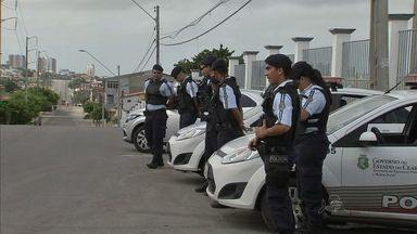 Três áreas de Fortaleza começam a ser ocupadas pela Polícia Militar - Os bairros Conjunto São Miguel, Genibaú e Vicente Pinzon recebem reforço de policiamento e vão ser monitoradas por câmeras até o fim deste mês.