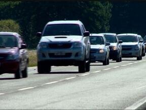 Previsão de muito movimento no retorno do feriadão - A Polícia Rodoviária Federal pede atenção dos motoristas.