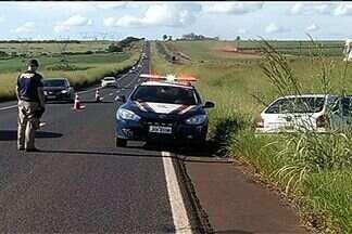 Confira como está o trânsito nas rodovias em Goiás - Homem morre e três ficam feridas em acidente na BR-153. Vítima não usava cinto de segurança e morreu ainda no local.