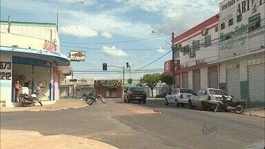 Comerciantes do Jardim Redentor em Franca, SP, cobram mais segurança - Só nos dois primeiros meses deste ano foram mais de 200 furtos e roubos no bairro.