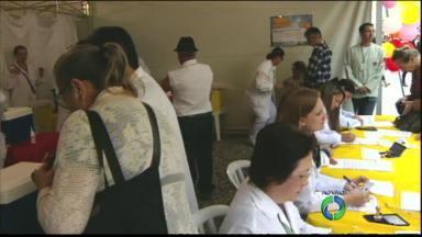 Hoje tem mutirão de vacinação contra a gripe em Curitiba - São mais de 40 postos em Unidades de Saúde e lugares com bastante circulação de pessoas.