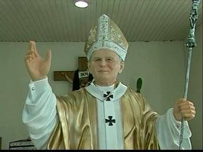 Paróquias de Ituiutaba se preparam para canonização de papas - Atividades serão oferecidas na cidade em homenagem a João XXIII e João Paulo II.