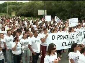 População de Capital de Campos realizou passeata pedindo justiça por morte de comerciante - População de Capital de Campos realizou passeata pedindo justiça por morte de comerciante