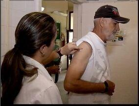 Campanha de vacinação contra gripe prevê 90 mil pessoas vacinadas no Vale do Aço - Previsão equivale para as três principais cidades da região.