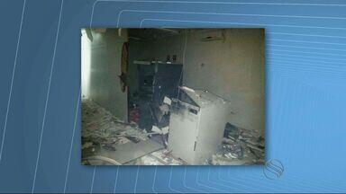 Bandidos explodem caixas eletrônicos de duas agências bancárias, em Aquidabã - Bandidos explodem caixas eletrônicos de duas agências bancárias, em Aquidabã