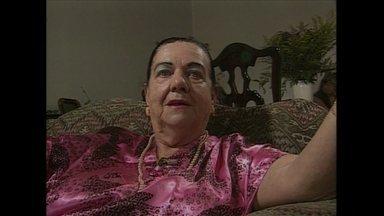 Mãe Dinah morre aos 83 anos - Benedicta Finazzi, mais conhecida como Mãe DInah, morreu na madrugada deste sábado (3) de falência múltipla dos órgãos. Ela tinha 83 anos. O sepultamento aconteceu à tarde, no Cemitério do Morumbi.