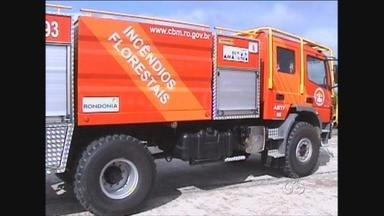 Corpo de Bombeiros de Ji-Paraná, RO, recebe ambulância e caminhão de combate a incêndio - O investimento foi de quase R$ 900 mil, dinheiro que vem do Fundo da Amazõnia.