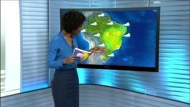 Veja a previsão do tempo para todo o Brasil nesta terça-feira (6) - Pode chover forte em boa parte do MS, com rajadas de vento, raios e até granizo. Previsão de chuva também para o leste do RS, até o oeste de SP, boa parte de MT, AM, quase toda a região Norte até o CE e parte do litoral nordestino.