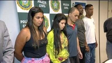 Polícia prende suspeitos de integrar quadrilha no Complexo da Penha - A Polícia Civil prendeu cinco pessoas suspeitas de participar de uma quadrilha que comandava o tráfico de drogas no Complexo da Penha.