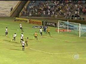 Vasco empata com Sampaio Corrêa no último minuto em Teresina - Vasco empata com Sampaio Corrêa no último minuto em Teresina