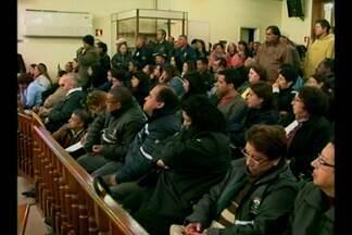 Servidores municipais participam de tribuna livre na Câmara de Vereadores de Livramento,RS - Cerca de 600 servidores estão paralisados há 3 dias.