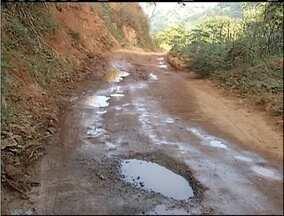 Blitz do MG: Falta de manutenção em pista incomoda população no Leste de Minas - Estrada liga Coronel Fabriciano e Ipatinga.