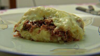 Cozinha Popular: aprenda uma receita de escondidinho - Esta receita de escondidinho de carne seca custa R$27 e dá para servir cinco pessoas