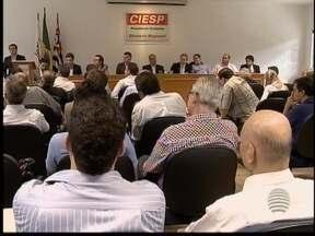 Reunião para definir rumos da ferrovia no Oeste Paulista é realizada - Empresários apresentaram à empresa responsável a demanda da região.