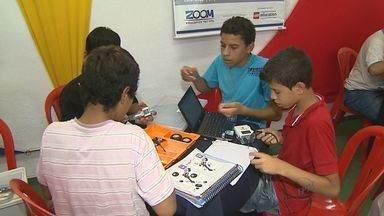 Feira do Livro apresenta tecnologias para atrair jovens em Ribeirão Preto - Objetivo é estimular a leitura.