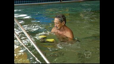 Após 3 anos, Uepa retorna com atividades de hidroterapia - Atividade beneficia cerca de 50 pessoas.