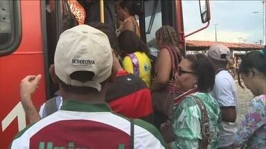 Motoristas e cobradores de ônibus entraram em greve em São Luís - Motoristas e cobradores de ônibus entraram em greve em São Luís, onde não há trem nem metrô. Foram afetadas 750 mil pessoas .