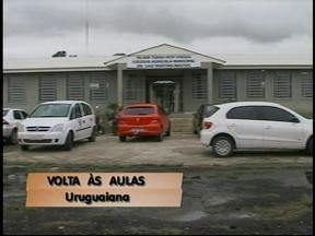 Estudantes do Colégio Agrícola de Uruguaiana, RS, voltam às aulas - Eles estavam em paralisação há quase 10 dias.