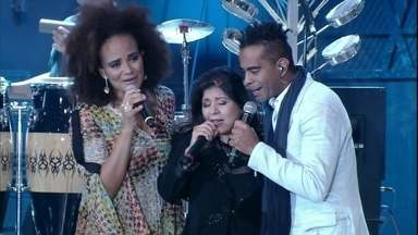 Roberta Miranda faz uma homenagem a Jair Rodrigues com 'Majestade, o sabiá' - Cantora se apresenta com Jair Oliveira e Luciana Mello