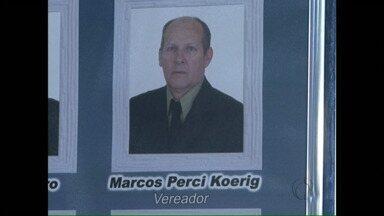Justiça determina afastamento de vereador de Salto do Lontra - Marcos Perci Koerig é acusado de irregularidades na contratação e promoção de funcionários.