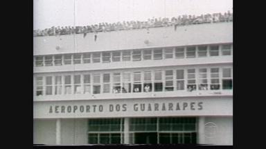 O Recife da seleção: cidade é a 1ª a receber os campeões de 1958 - Quarto capítulo da série relembra o desfile histórico