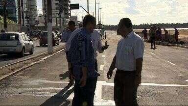 Avenida Beira Mar será liberada para tráfego de veículos - Avenida Beira Mar será liberada para tráfego de veículos