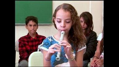 Conheça a flauta doce feita de produtos reciclados - Em São Paulo, uma empresa oferece soluções para reciclar qualquer tipo de produto e desenvolver novos materiais.