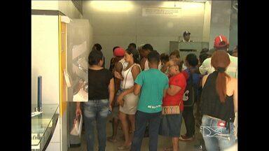 Clientes de banco são surpreendidos por ladrões que invadiram suas contas bancárias - Caso aconteceu em Pindaré Mirim.