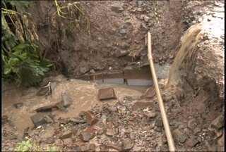 Buracos nas ruas de Santa Maria (RS) causam transtornos - A situação se agrava em dias de chuva.