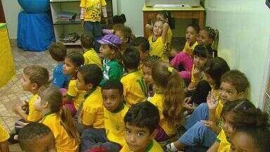 Projeto 'Bom de bola, bom de história' ajuda no aprendizado de crianças em Araraquara - Projeto 'Bom de bola, bom de história' ajuda no aprendizado de crianças em Araraquara