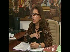 Começa mandato da reitora Berenice Jordão na UEL - A professora Berenice Jordão assume a administração da maior universidade estadual do Paraná. O orçamento anual é grande, mas os desafios também. A nova reitora fala sobre o futuro da Universidade.