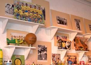 Exposição reúne objetos raros das copas passadas - Exposição reúne objetos raros das copas passadas. Gastronomia piauiense também entra em clima de Copa do Mundo e apresenta prato tradicional personalizado.