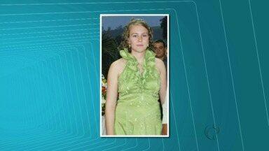 Mãe e filho de nove meses são enterrados em Medianeira - O carro da família foi arrastado pela correnteza.