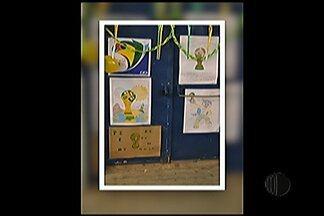 Escola de Mogi das Cruzes faz festa para comemorar a Copa do Mundo - Evento na instituição contou com dança, decoração verde e amarelo, e um torneio interclasse